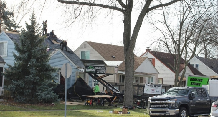 Unemployed Army veteran gets new roof
