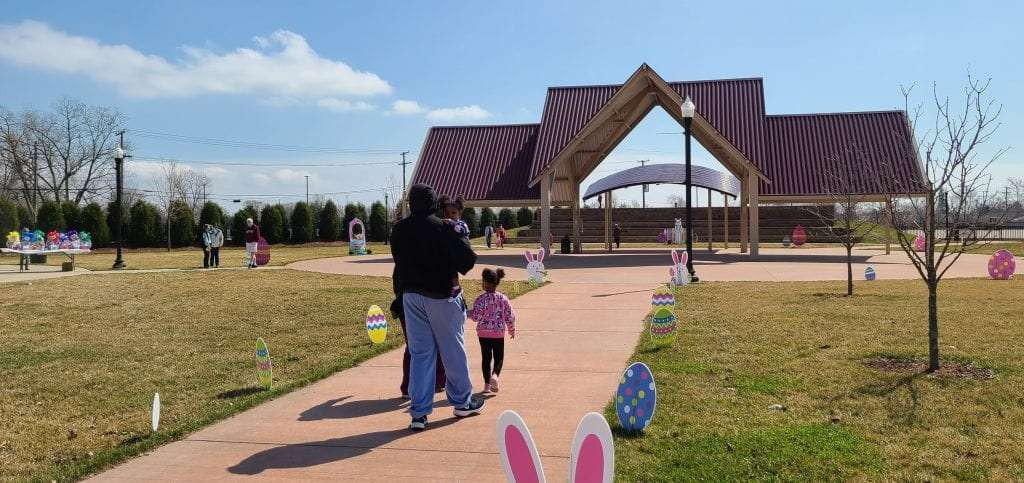 Southgate welcomes Easter Bunny to Market Center Park
